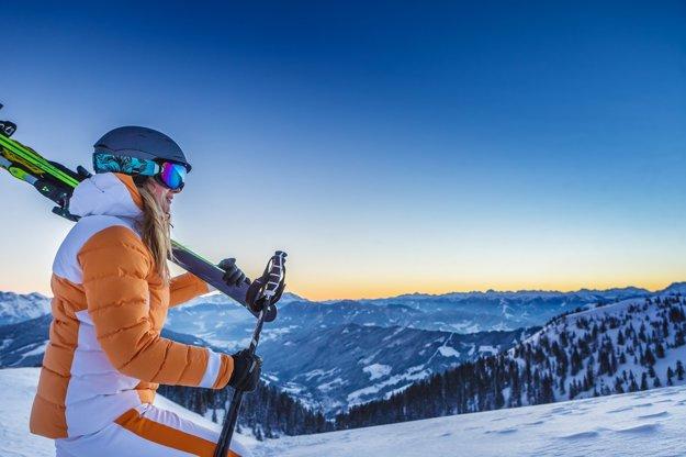 Rakúske stredisko Mühlbach am Hochkönig ponúka zážitok skorej rannej lyžovačky.