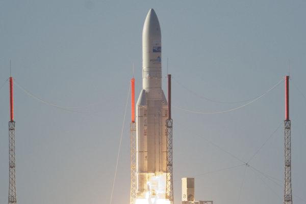 Raketa Ariane-5 vynesie do vesmíru až štyri družice naraz.