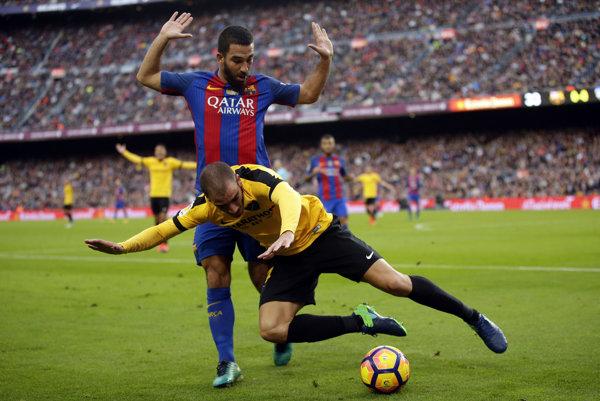 Arda Turan v drese FC Barcelona.