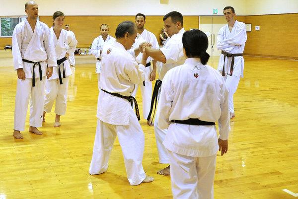 Účastníci pobytu sa učili karate od 72-ročného majstra.