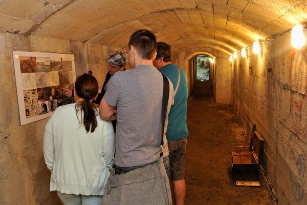 Občiansky projekt obnovy delostreleckej kaverny na Kamzíku získal od Nového mesta podporu päťtisíc eur.