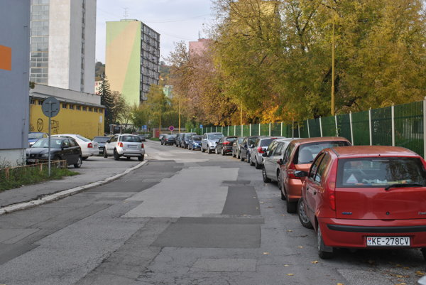 Parkovanie na Hroncovej. Po odobrení oboma zastupiteľstvami vznikne nová rezidentská lokalita Sever.