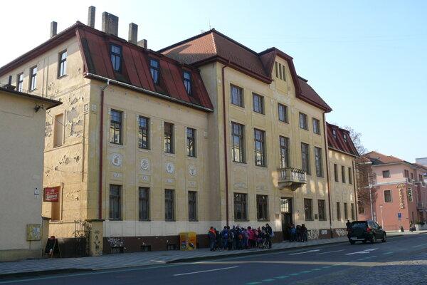 Knižnica vo Zvolene.