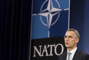 Generálny tajomník NATO Jens Stoltenberg upozornil, že NATO by sa malo pripraviť na svet bez zmluvy o likvidácii rakiet.