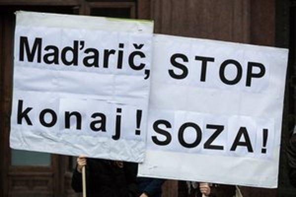 Občiansky protest zameraný proti praktikám SOZA.