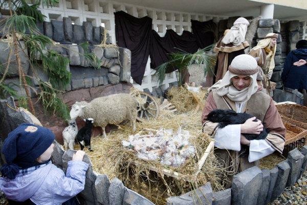 Väčšinu tradičných biblických postáv v banskobystrickom betleheme nenájdete. Dominovať mu bude história.