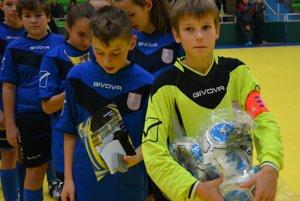 Bojná ovládla premiérový prvý ročník v kategórii mladších žiakov ObFZ Topoľčany.