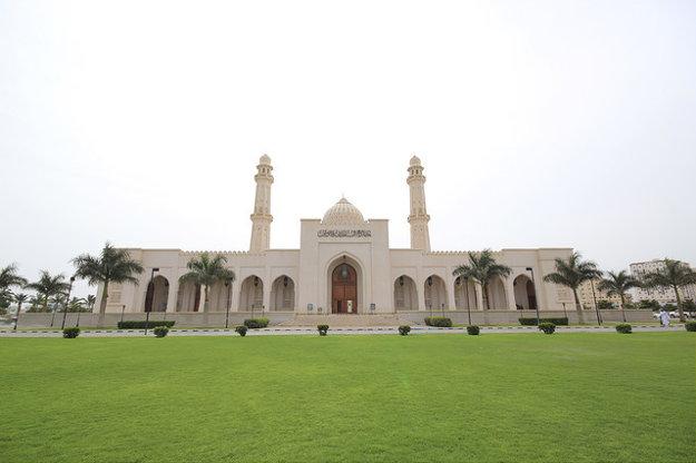 Najvýznamnejšou mešitou v Salalah je Sultan Quaboos Mosque.