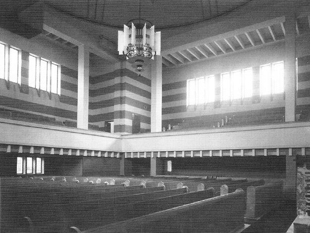Jediná fotografia interiéru, ako ho pôvodne navrhol Peter Behrens.