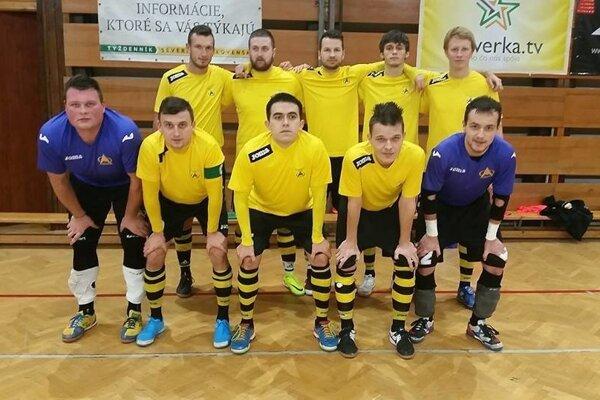 Futsalisti Makroteamu nedali súperovi šancu.