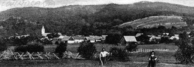 Protipechotné prekážky južne od obce Lovinobaňa na začiatku júna 1919.