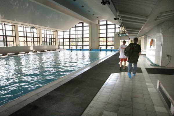 Modernizáciu potrebuje aj bazén.