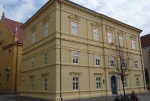 Knižnica Pavla Országha Hviezdoslava v Prešove.