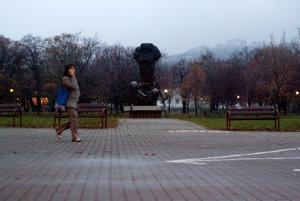 Sochy v parku na Račianskom mýte.