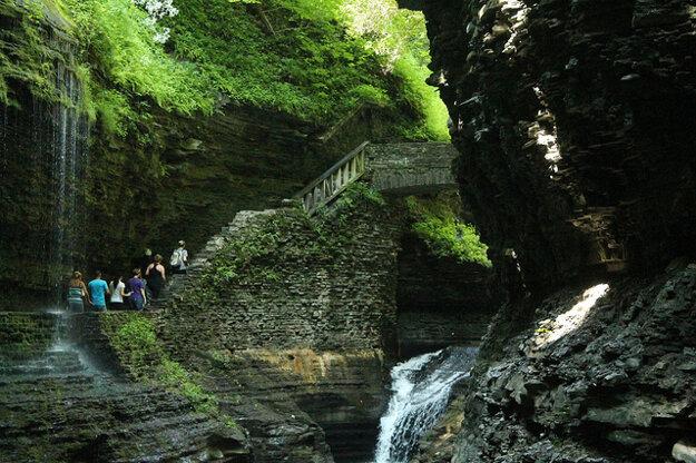 Park Watkins Glen leží pri Fingers lake, v americkom štáte New York.