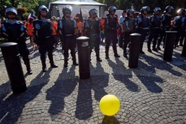 Polícia pri vlaňajšom pochode.