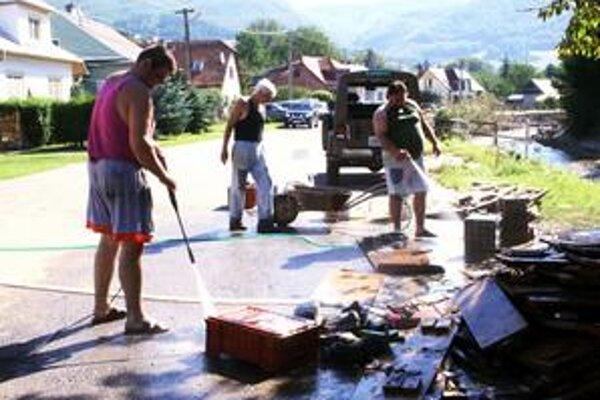 Voda v auguste ničila najmä v Handlovej a Prievidzi.