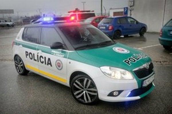 Škoda Fábia s balistickou ochranou a radarom.