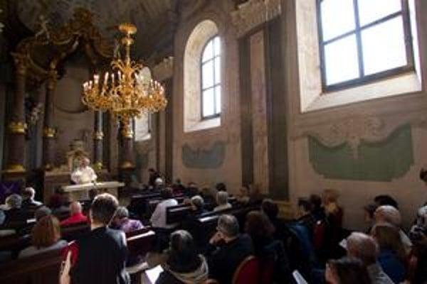 Omšu v kaplnke pri Úrade vlády slúžil aj salezián Anton Srholec.