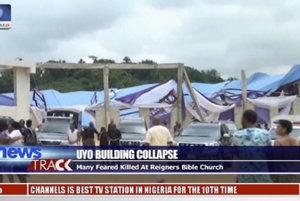 Preborená strecha kostola zabila v Nigérii desiatky ľudí