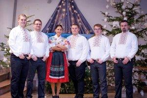 FSS Plavnica. Ich spevom chcú zabávať audržiavať tradície.
