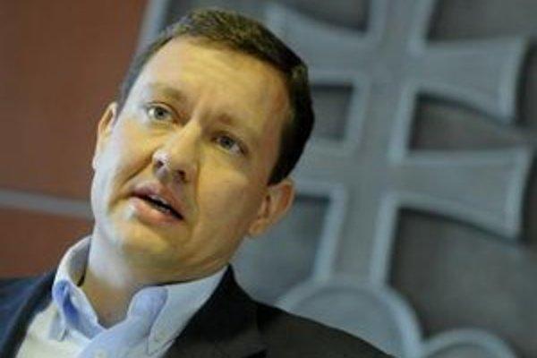 Generálny riaditeľ Privatbanky Ľuboš Šefčík odmietal obvinenia vtedajšieho ministra vnútra Daniela Lipšica.