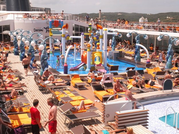 Na výletnej lodi vás čaká množstvo zábavy.