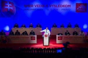 Premiér na pracovnom sneme strany Smer dňa 10. decembra 2016 v Prešove.