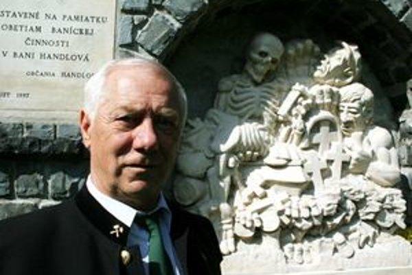 Pamätník a jeho autor Ján Procner.
