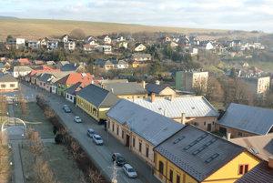 Čiastočný pohľad na mesto Medzev z veže kostola.