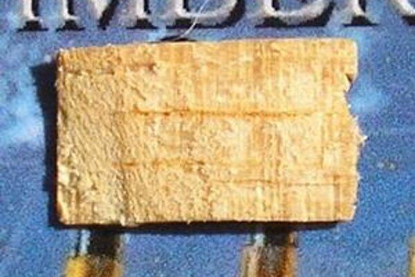 Predmety z potopeného Titanicu sa bežne nepredávajú. Nadšenci si môžu zaplatiť za kus drievka.