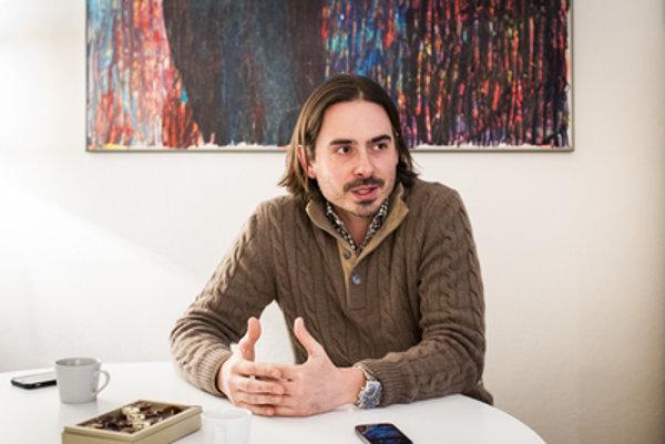 Śéf agentúry Viva Musica! Matej Drlička hovorí, že polmiliónový rozpočet na veľké podujatie je štandardný.