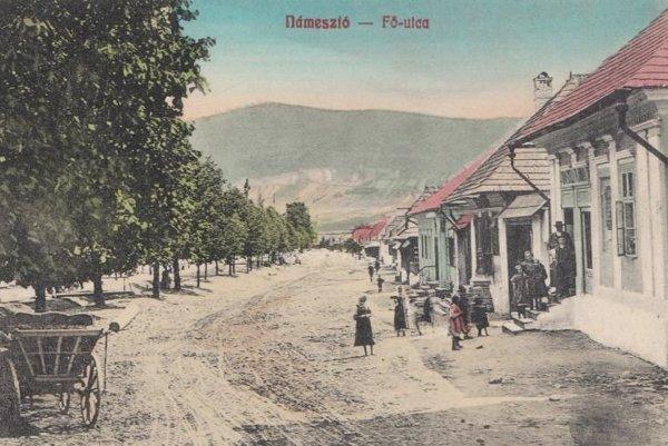 Historická pohľadnica Námestova.