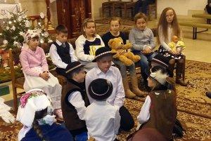 Deti a ich Jasličková pobožnosť.