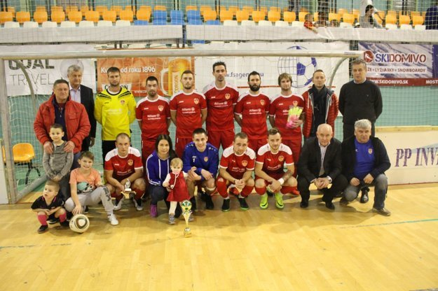 Bábania prehrali vo finále.