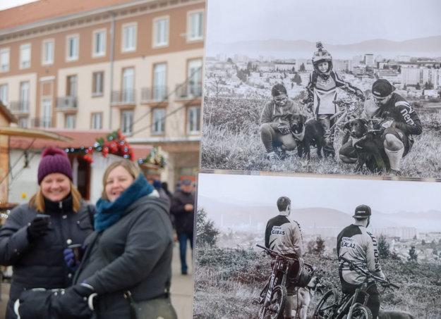 Fotografie a kalendár predstavili počas žiarskych vianočných trhov.