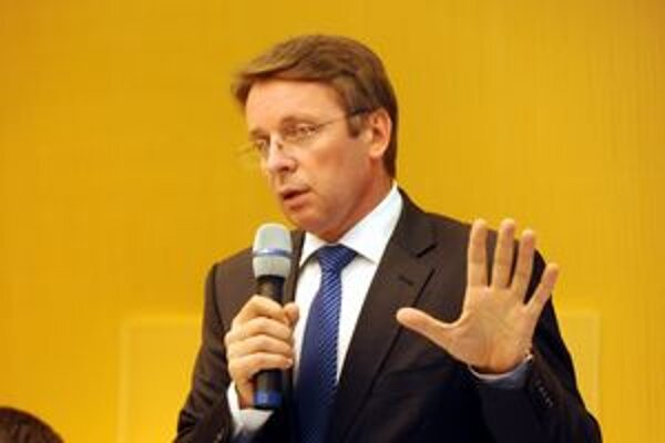 Minister financii Ivan Miloš.