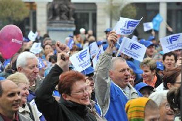 Odbory dlhodobo vyjadrujú nesúhlas s návrhmi na úpravu veku odchodu do dôchodku a jeho výpočet.