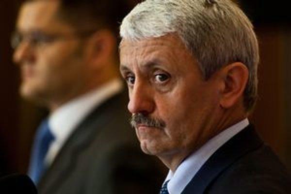 Minister zahraničných vecí Mikuláš Dzurinda.