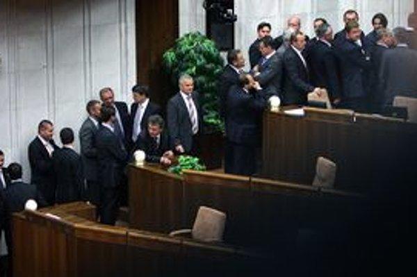 Opakovaná voľba generálneho prokurátora bola zlyhaním koalície.