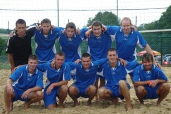 Futbalisti Zemianskych Kostolian.