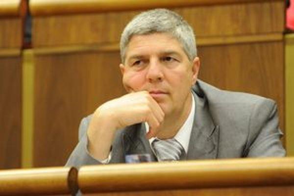 Béla Bugár so sťažnosťou na Rade pre reklamu nepochodil.