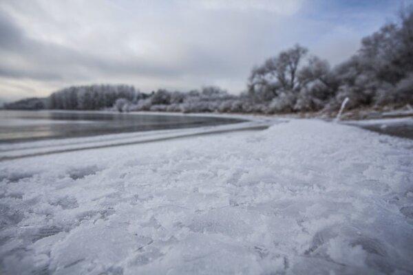 Na snímke zima na Liptove pri Liptovskej Mare.