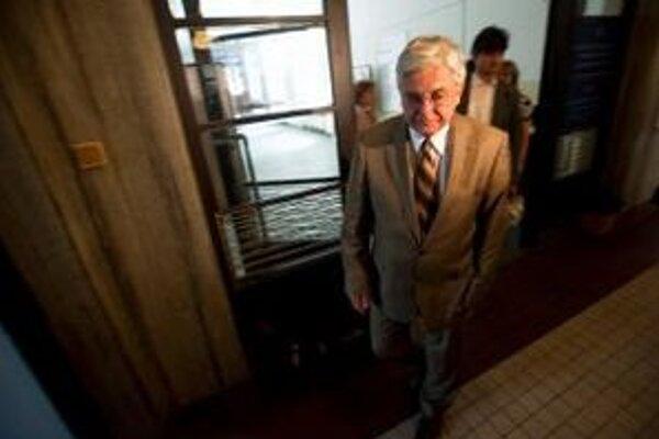 Duray sa podľa krajského súdu mal SNS iba ospravedlniť.
