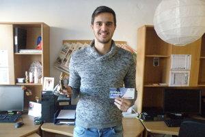 Sándor Balog autor najkrajšie jesenného gólu v regióne s trofejou.