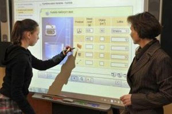 Od začiatku tohto roka už testujú digitalizáciu na 320 školách.