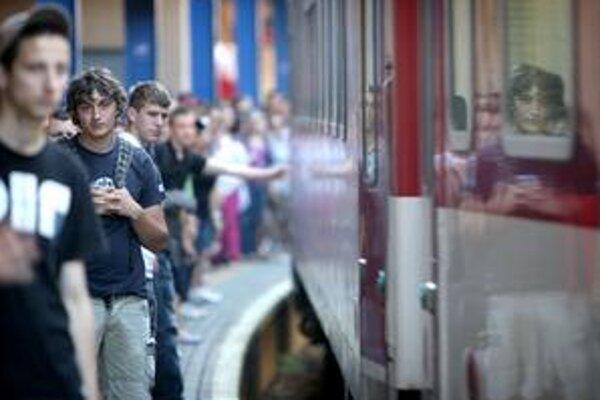 Na koľajniciach bude v čase štrajku 246 osobných vlakov.