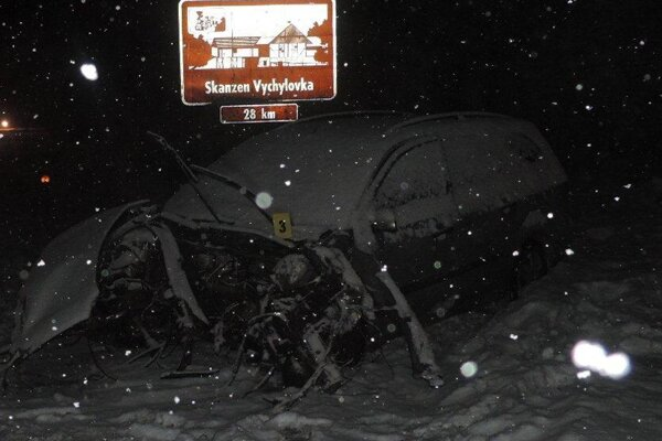 Na Kysuciach opáť nehoda s kamiónom.