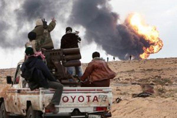 Pre zbrojné embargo ako aj vytvorenie bezletovej zóny nad Líbyou je podľa Galka potrebná rezolúcia Bezpečnostnej rady OSN.