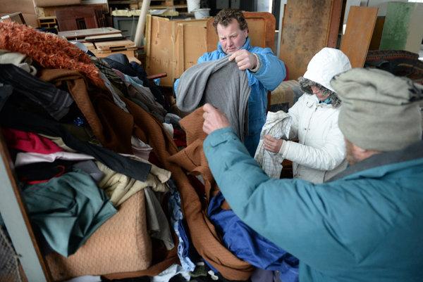 Časť ľudí bez domova žije v útulku celý rok, ďalšia skupina pomoc nevyhľadáva ani v treskúcej zime.